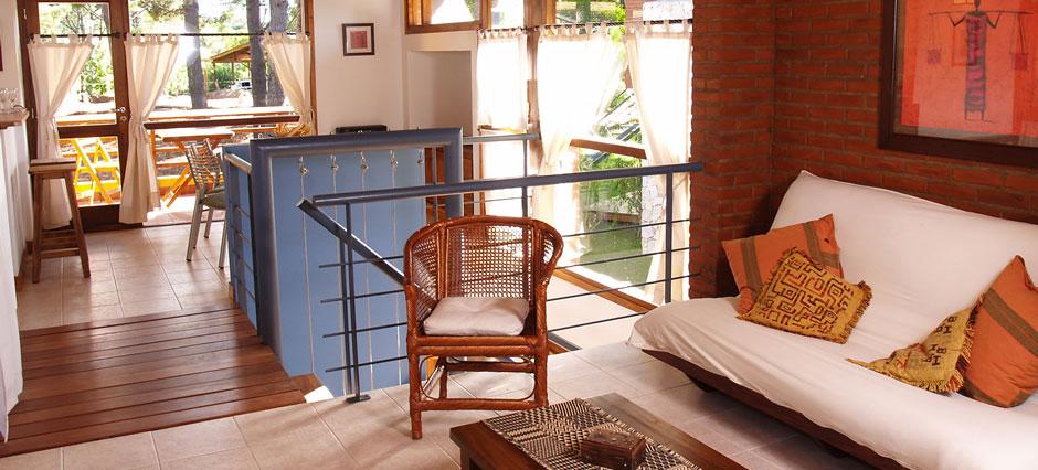 Cabañas de dos dormitorios en dos plantas (unidades de 90 m2)